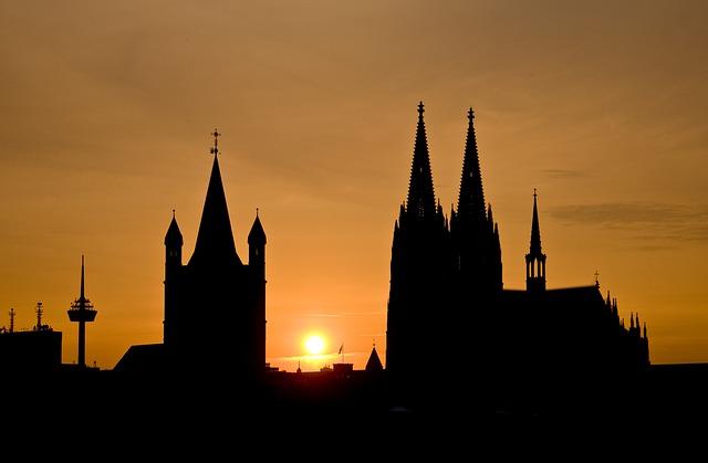Köln Skyline - Bild Köln: pixabay.com / Blendfrei